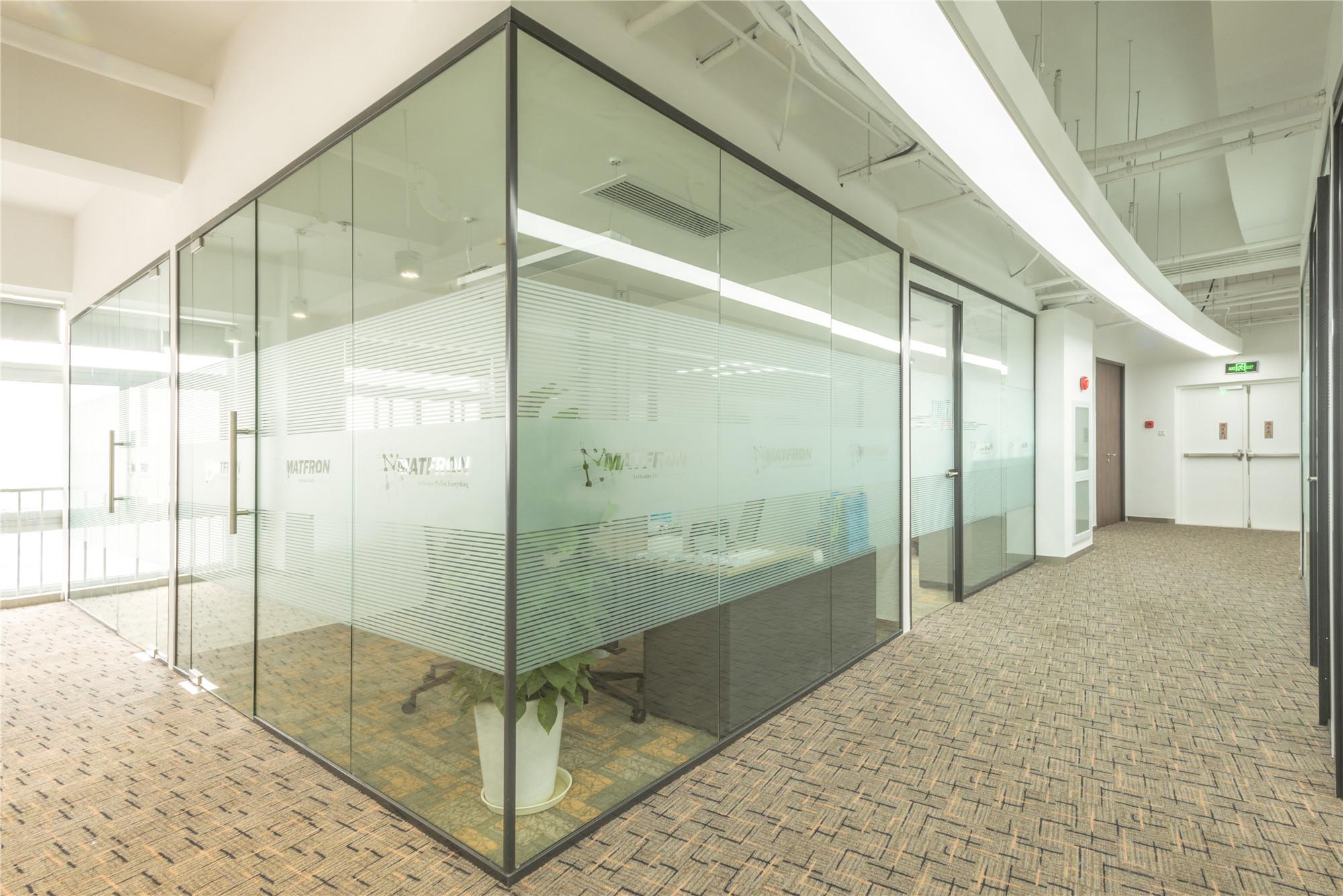 办公室装修玻璃隔断的正确使用方法?有