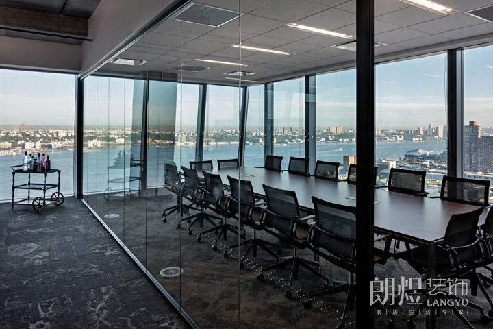 办公室装修中隔断的作用与分类