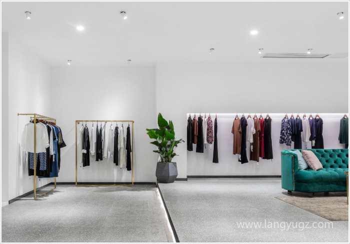 小服装店铺应该怎么装修才既好看又省钱?