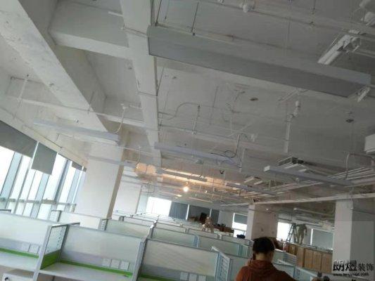 成都阳光新业中心作业帮2500平办公室装修工地照片
